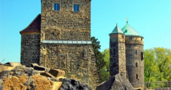 BURG STOLPEN – hrad postavený na čediči